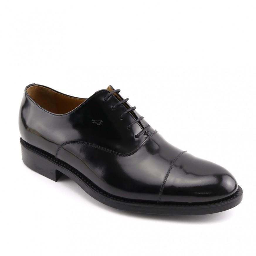 Zapato de vestir negro